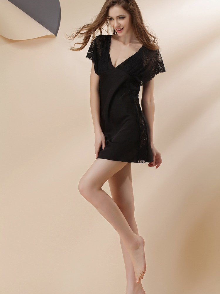 Beautiful Deep V Bust Lace Flutter Sleeves Artificial Silk Nightgown