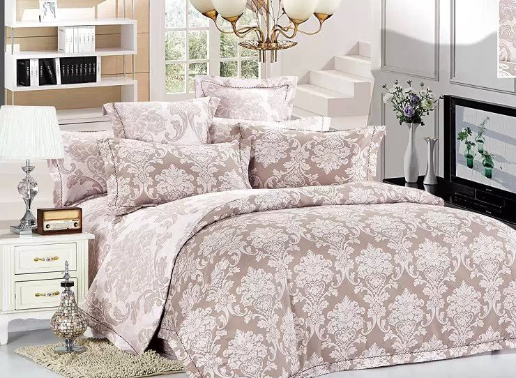 Damask Pattern 4-Piece Polyester Duvet Cover Sets