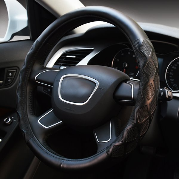 Elegant And Graceful PU Leatherette Material Medium Type Steering Wheel Cover