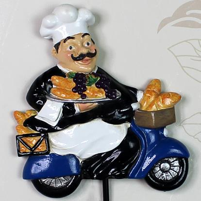Popular and Creative Resin Cool Chef with Black Wall Hook Decoration