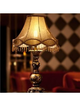 Luxury American Pastoral Resin and Cloth Lamp