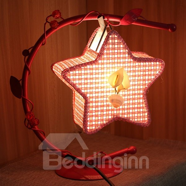 Creative Iron Frame Star Shaped Table Lamp