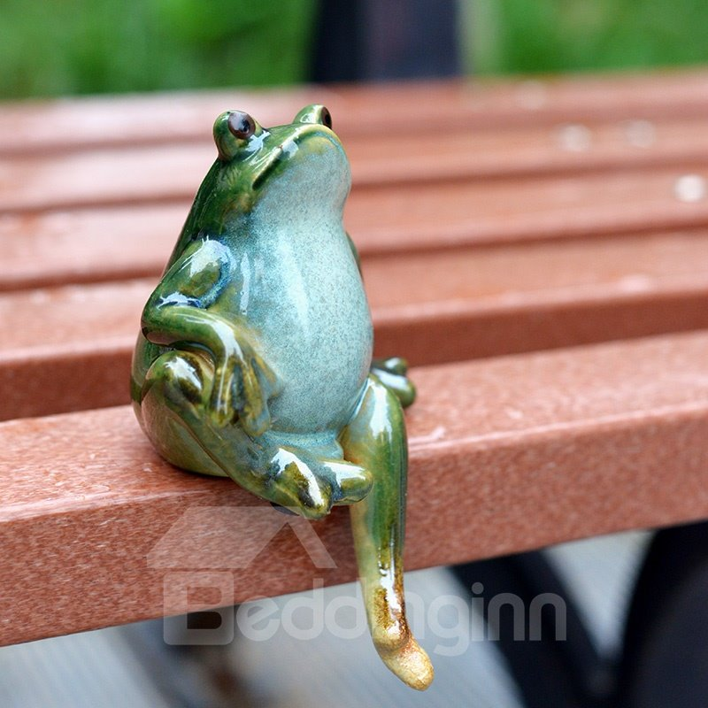 Creative Cute Porcelain Frog Pair Desk Decoration