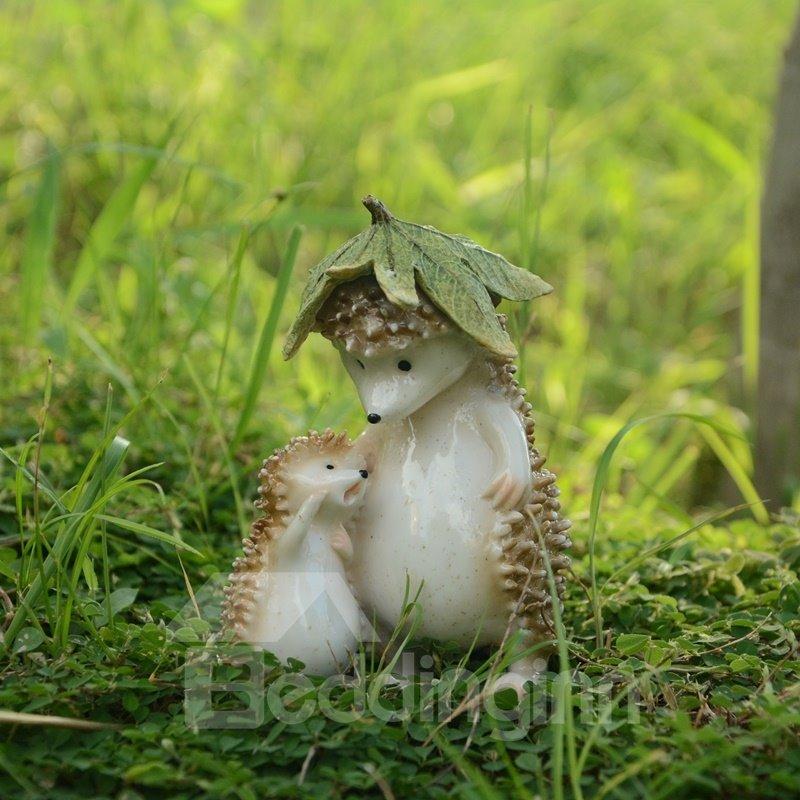 Loving Hedgehog Father and Son Desktop Decoration