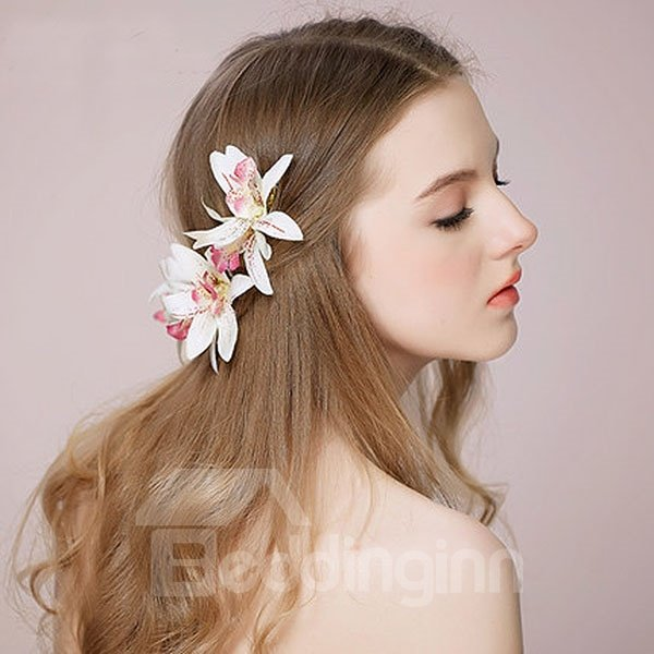 Graceful Lifelike Hair Flower with Hairpin