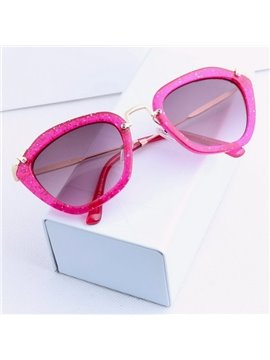 Fashionable Cat-Eye Women's Sunglasses