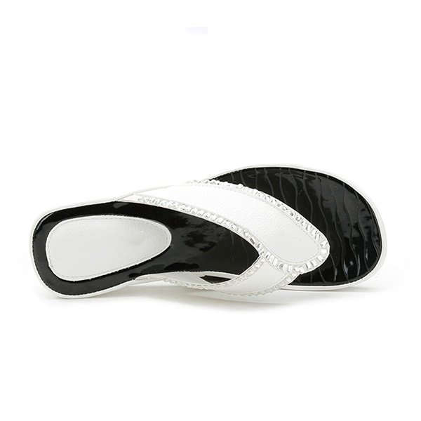 Leave Shape with Rhinestone Thong Beach Shoes