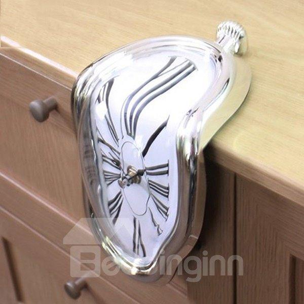 Amazing Creative Shelf Desk Decoration Melting Clock