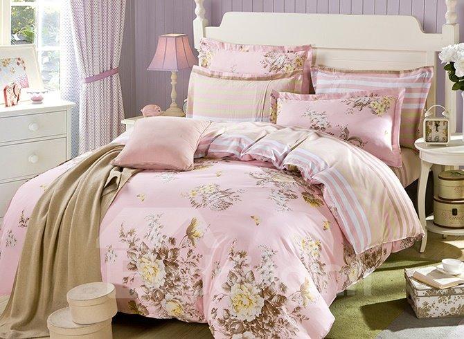 Blooming Pink Flower Pattern 4-Piece Bedding Sets