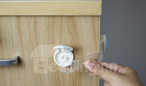 Lovely Bear Baby Safety 10-Piece Cabinet & Drawer Lock Set