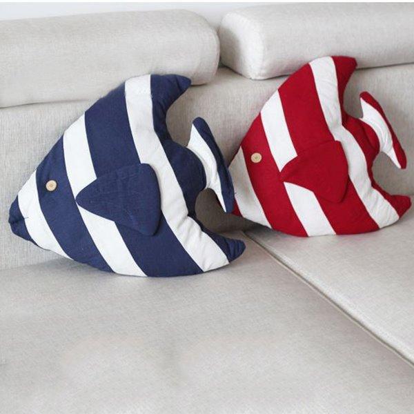 Mediterranean Style Tropical Fish Design Throw Pillow