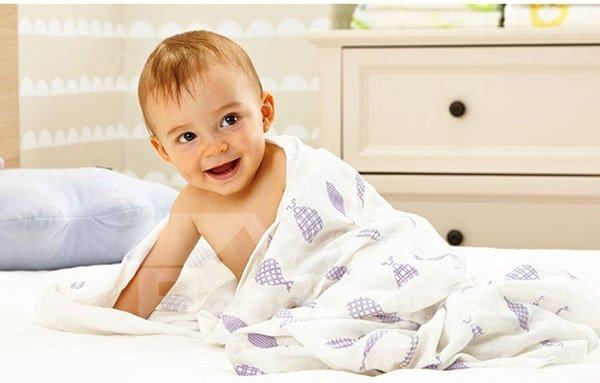 Super Soft Purple Fish Pattern 100% Cotton Baby Blanket