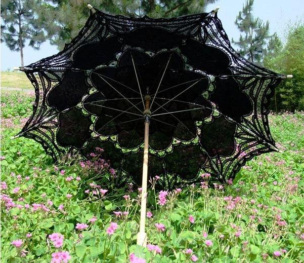 Beautiful and Fashion Lacework and Wood Hand Shank Beach Umbrella