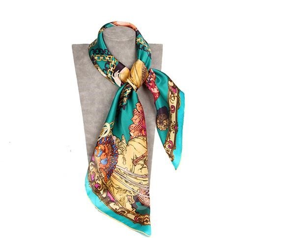 Beauty In Forest Green Square Casual Mulberry Silk Scarf