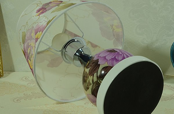 Gorgeous Romantic Flower Peony Desk Table Bedside Lamp