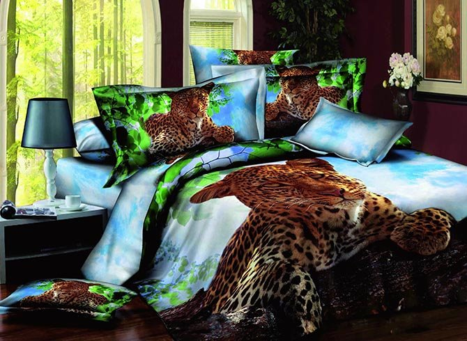 Vigorous Crouched Leopard Design 100%c Cotton 4-Piece Duvet Cover Sets