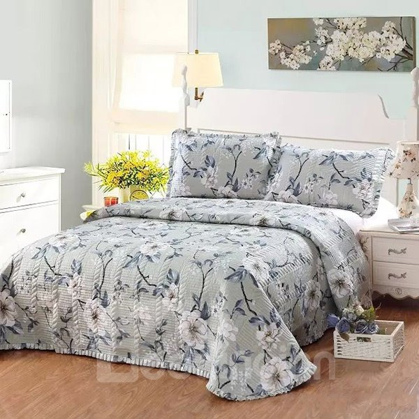 Big White Flowers European Style Cotton 3-Piece Gray Bed in a Bag