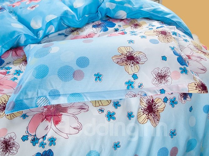 Polka Dots and Flowers Design Blue 4-Piece Polyester Duvet Cover Sets