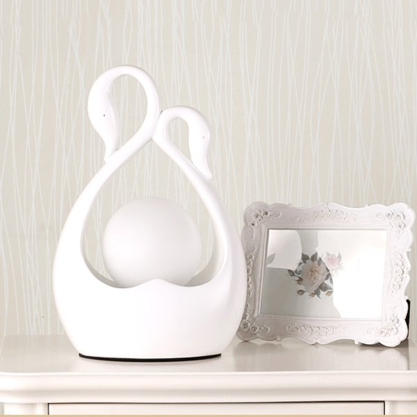Gorgeous Graceful Swan Design Resin Bedroom Table Lamp