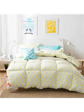 Modern Stylish Polygonal Line Design Yellow Polyester Quilt