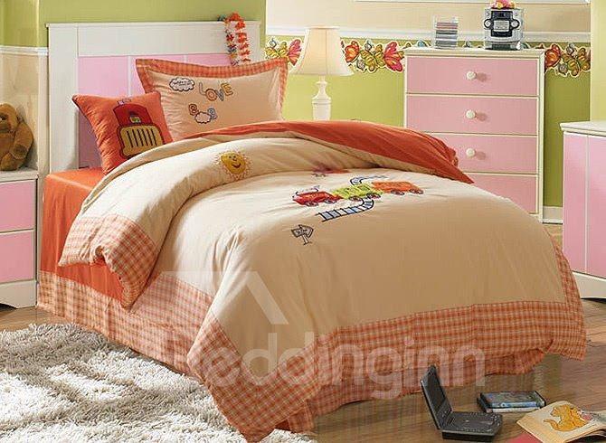 100% Cotton Warm Color Rail Way and Train Embroidered Kids Duvet Cover Set
