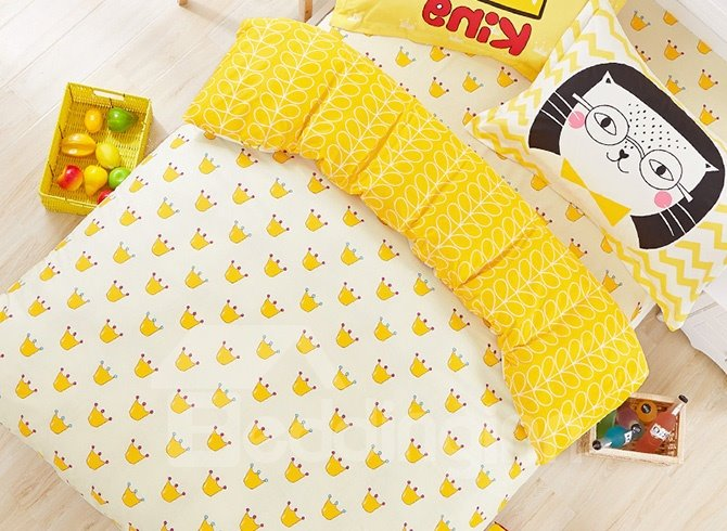 Lovely Little Crowns Pattern 100% Cotton Kids Duvet Cover Set
