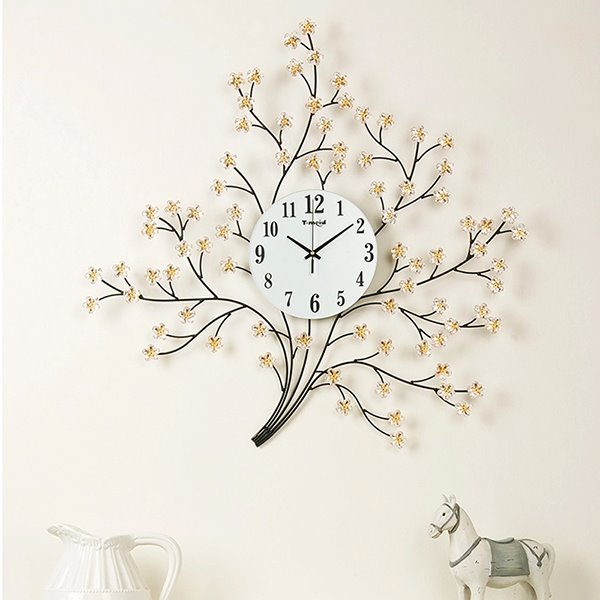 Unique Tree Design Metal Decorative Mute Wall Clock