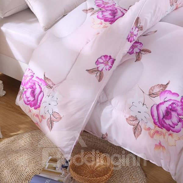 Graceful Rosy Flowers Design Fluffy Polyester Quilt