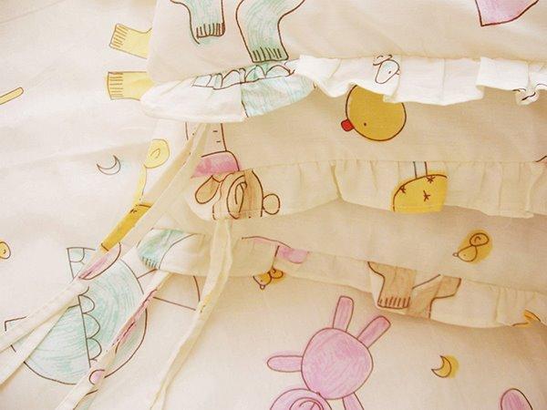 Fresh Look Bears and Socks Pattern 10-Piece Crib Bedding Set