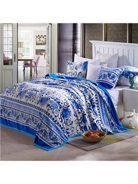 Elegant Blue Flowers Print Smooth Flannel Blanket