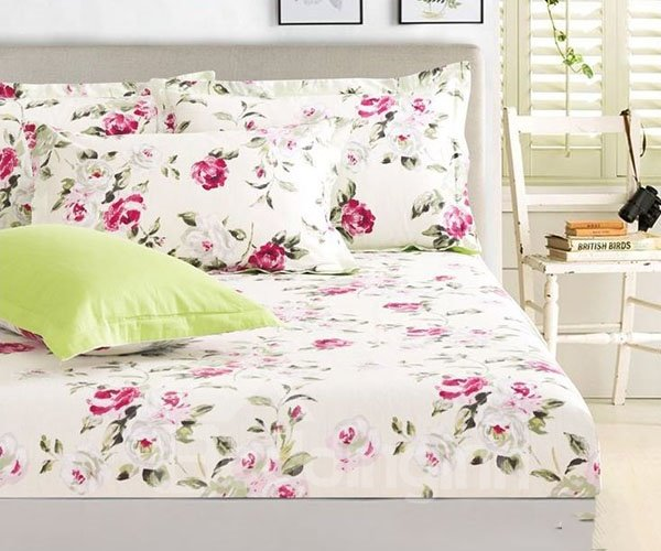 Elegant Rosy Little Flowers Printing Cotton Fitted Sheet