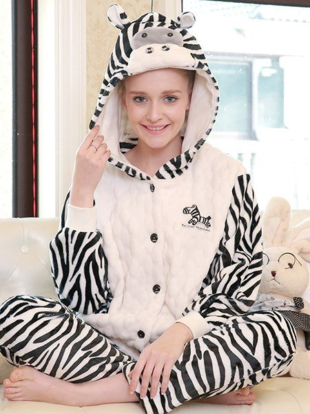 Fashion Batwing Sleeve Zebra Stripe Flannel Pajamas Sets