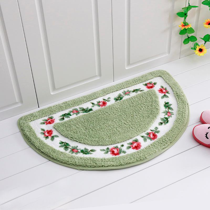 Noble Graceful Rose Pattern Half-round Bath Rug