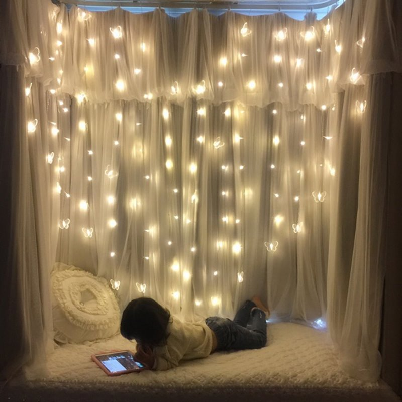 Heart and Light Symbolize Leo Traits Heart-Shaped Curtain String LED Lights