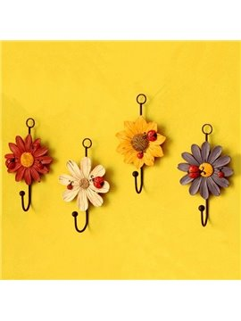 Decorative Ladybug and Daisy Design 4-Piece Wall Hooks