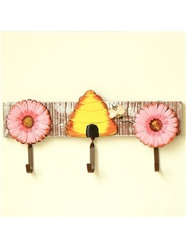 Decorative Flower Design Wooden 3-Hook Wall Hook