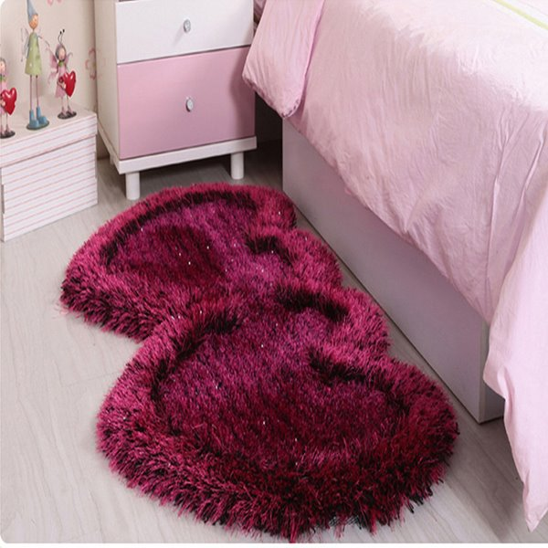 Romantic Double Heart Rug