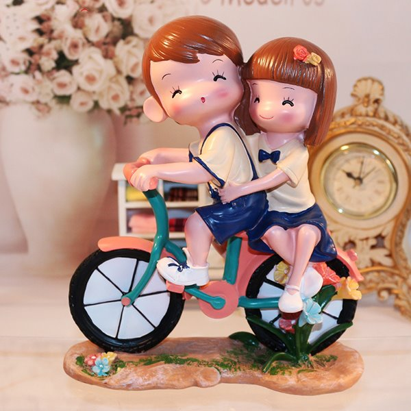 Sweet Young Lovers Riding Bicycle Resin Desktop Decoration