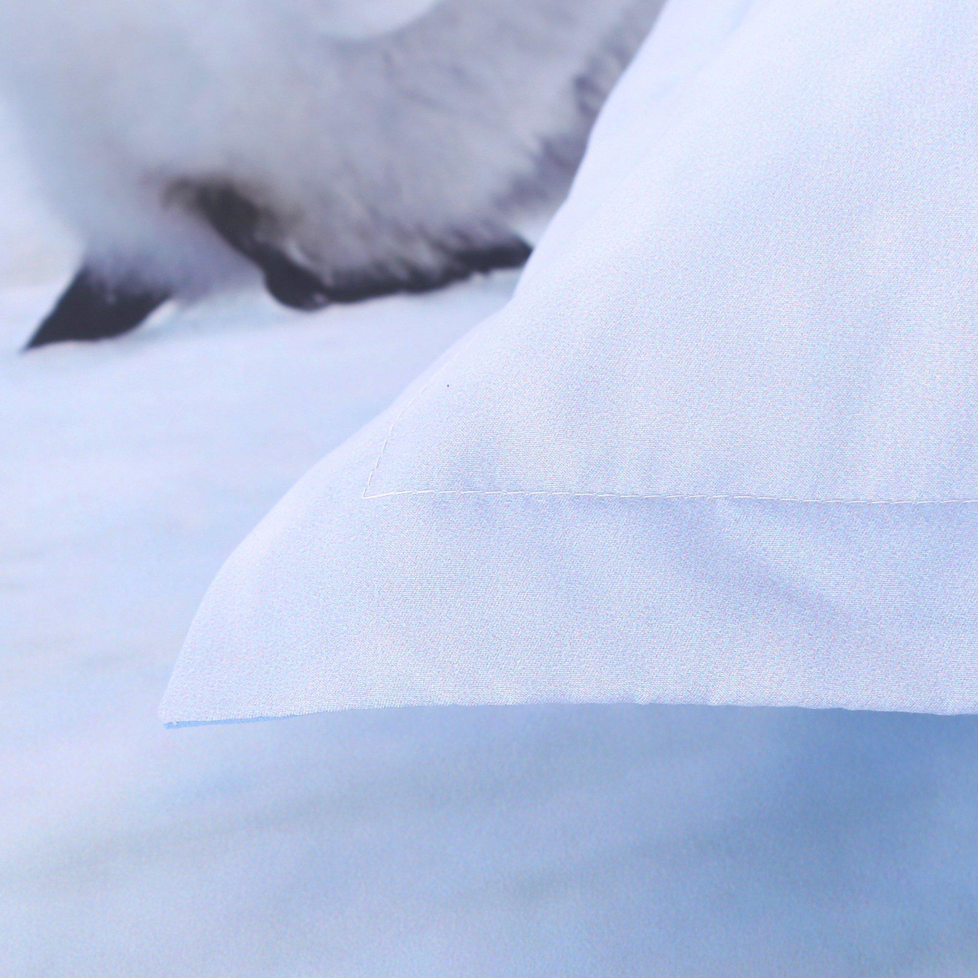 A Group of Cute Penguins Print Light Blue 5-Piece Comforter Sets