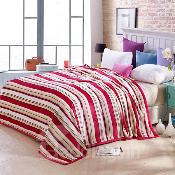 Faddish Concise Stripes Design Anti-pilling Flannel Blanket