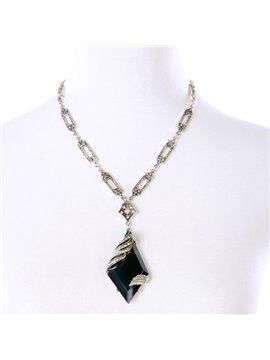 Women' s Fashion Diamante Rhombus Gemstone Pendant Necklace