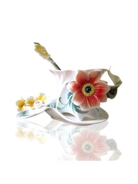 Gorgeous Ceramic Flowers Decorative Coffee Cup