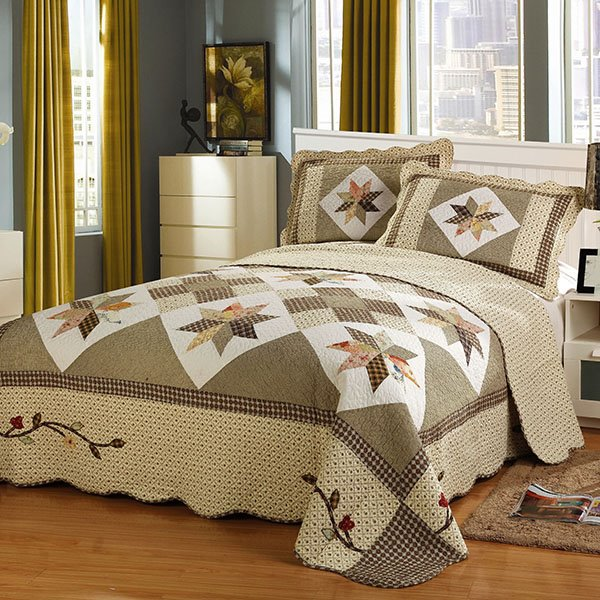 Geometric Prints King Size Cotton Patchwork 3-Piece Light Brown Bed in a Bag
