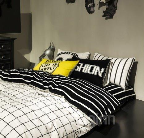 Classic White and Black Plaid Design 4-Piece Duvet Cover Sets