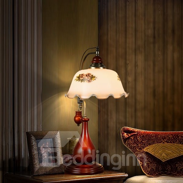 Classical European Style Wood Wine Red Eyes Protected Lamp