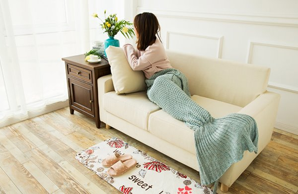 Knitted Warm and Soft Blue Mermaid Blanket