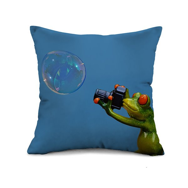 Lovely Frog Photographer and Bubble Print Throw Pillow Case