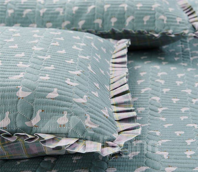High Class Concise White Duck Print Cotton Bed in a Bag Set