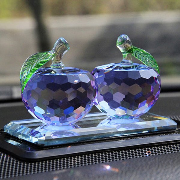 Crystal Glass Material And Apple Pattern Magic Creative Car Decor