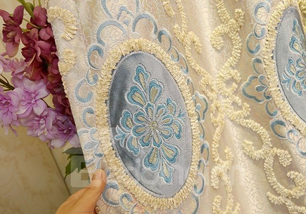 High Precision Jacquard Embroidery Blue Circle Pattern Grommet Top Curtain